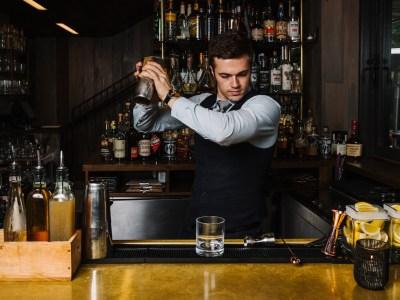 7 Best Cocktail Bars in Charleston