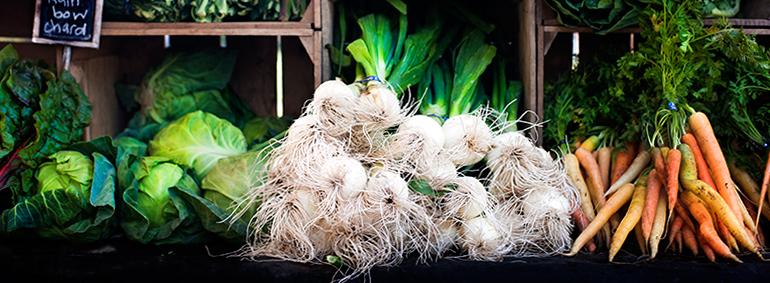 Charlestonly: vegetable market