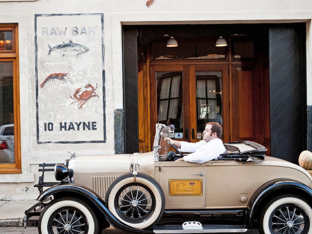 HanksSeafoodRestaurant_Exterior2