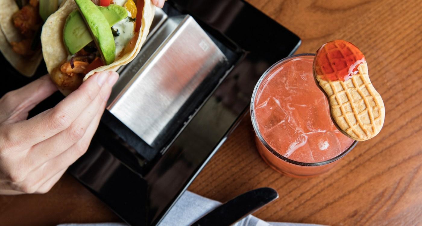 13 Best Late Night Eats in Charleston
