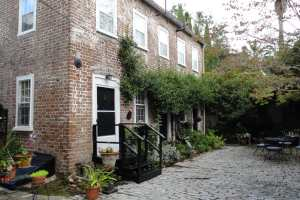 The kitchen house of a historic home in Charleston, SC