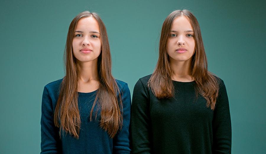 Kunnen tweelingen telepathisch communiceren?