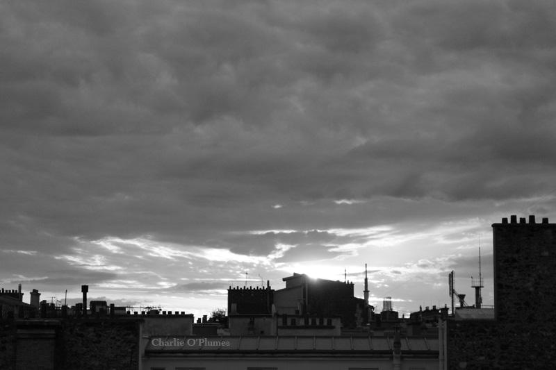 Paris ciel gris nouvelle texte littéraire