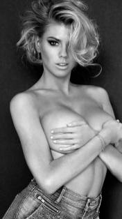 Charlotte McKinney - Yu Tsai for Guess - 04