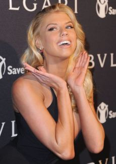 Charlotte McKinney - Bulgari and Save The Children pre-Oscars event - 01