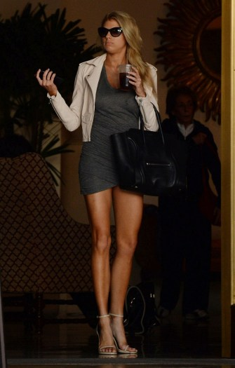 Charlotte McKinney - In the street - 08