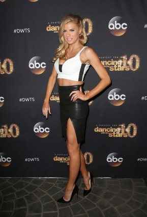Charlotte McKinney & Keo - Dancing with the stars - 10