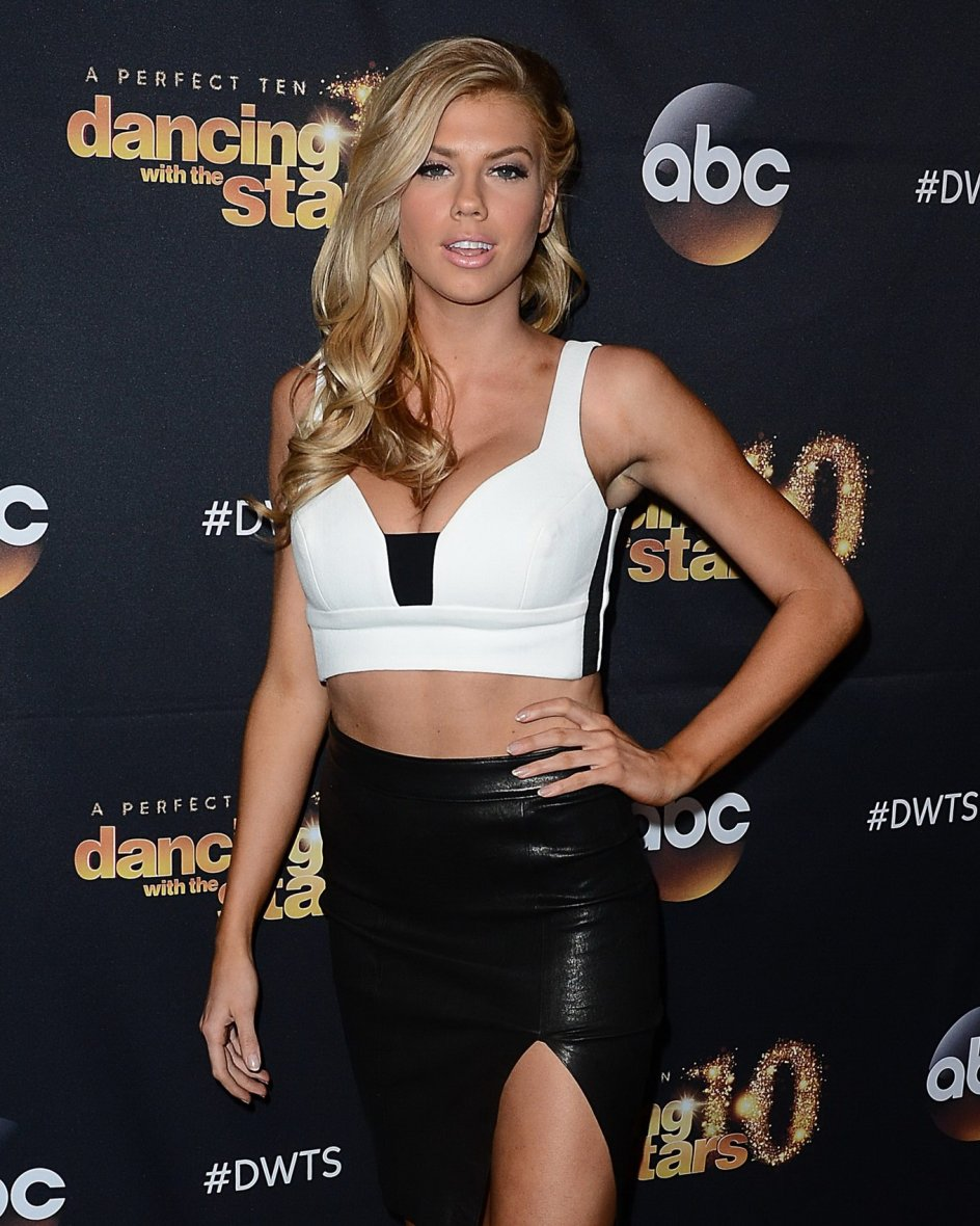 Charlotte McKinney & Keo - Dancing with the stars - 13