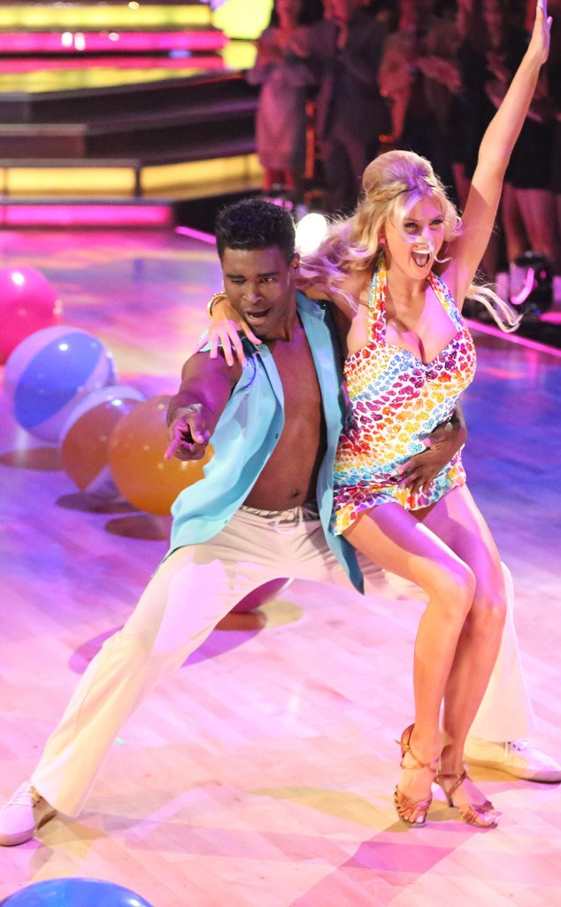 Charlotte McKinney & Keo - Dancing with the stars - 31