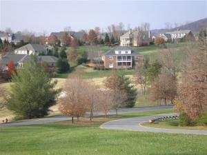 Things to Consider When Buying Charlottesville Golf Course Homes