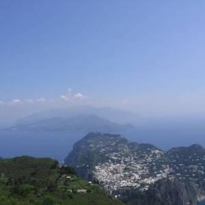 Panorama su Capri e su Punta Campanella