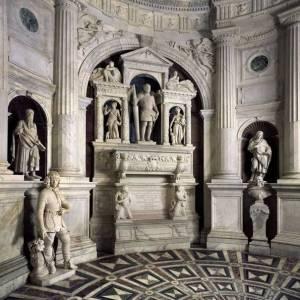 Napoli-S.Giovanni-a-Carbonara-Capella-Caracciolo