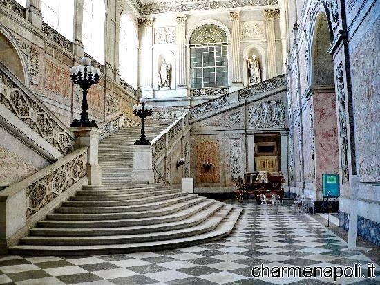 palazzo reale scalinata interna