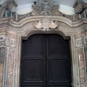 Ingresso chiesa di San Francesco delle monache