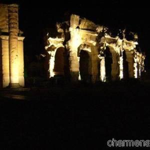L'anfiteatro di sera