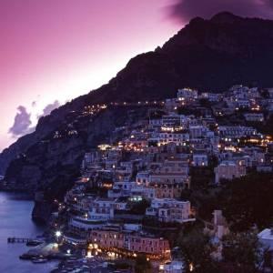 Squarci di rara bellezza: Amalfi by night