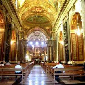 La navata centrale del santuario mariano di Pompei