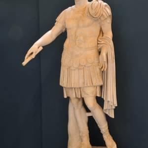 Il divo Augusto