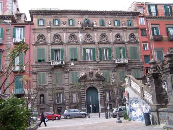 Napoli, Palazzo Firrao
