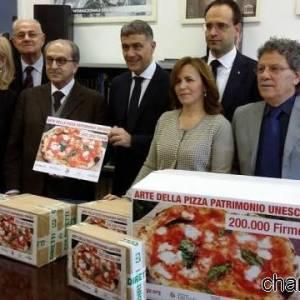 Raccolta firme per l'Unesco