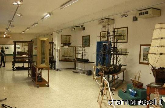 Le sale del Museo del Mare di Napoli