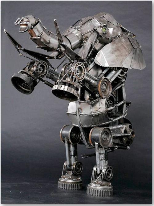 mechanischer Elefant - © Andrew Chase