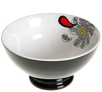 graphic bowl - © urbanoutfitters