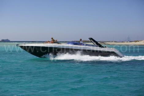 Sunseeker Thunderhawk 43 lancha para alugar em Ibiza e Formentera