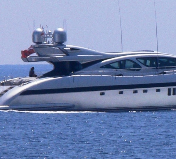 Yacht AWESOME Overmarine Mangusta Rodriguez Group
