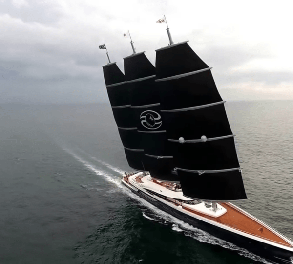 Yacht BLACK PEARL Oceanco CHARTERWORLD Luxury