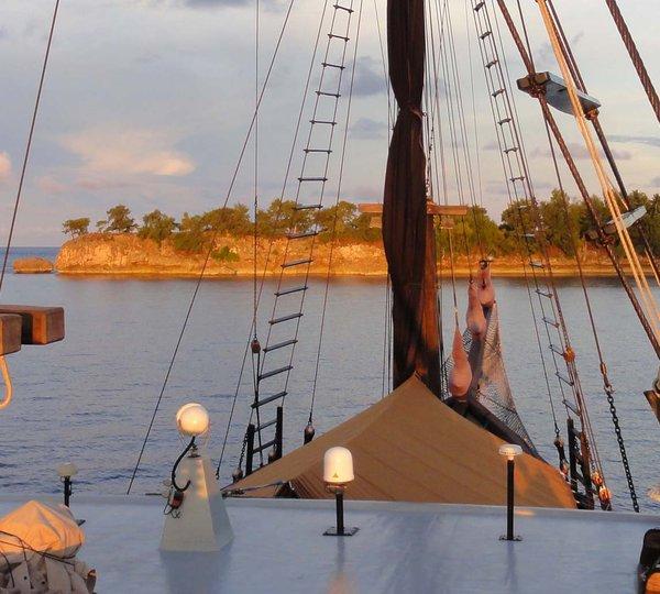 EL ALEPH Yacht Charter Details Konjo Boat Builders