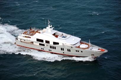 Yacht OUTBACK AUSTAL CHARTERWORLD Luxury Superyacht