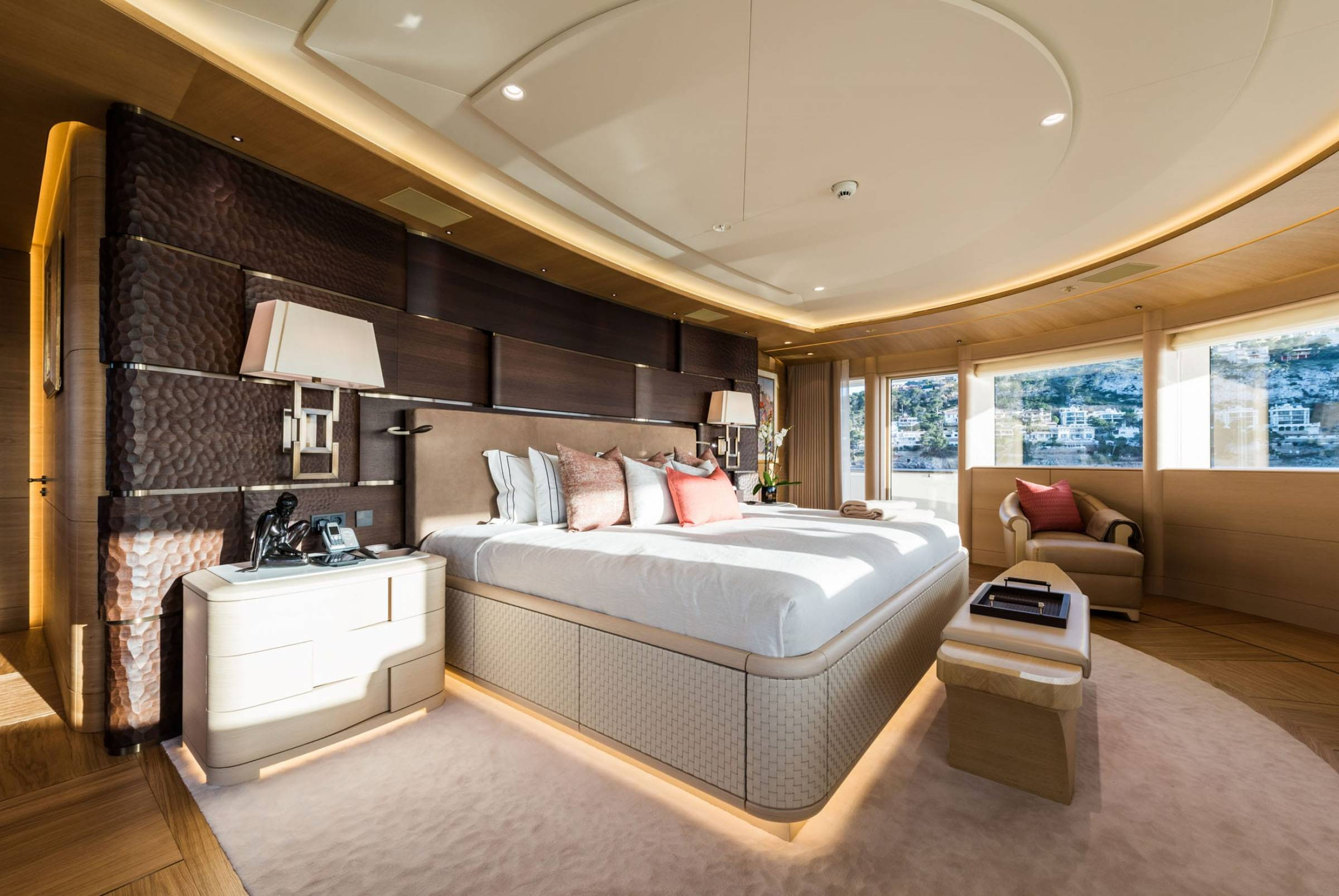 83m Limited Editions 272 Superyacht Yacht Charter Details