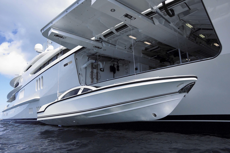 Yacht ANNA Feadship CHARTERWORLD Luxury Superyacht Charters