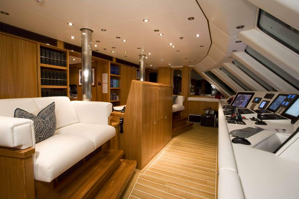 Wheelhouse Image Gallery Luxury Yacht Gallery Browser