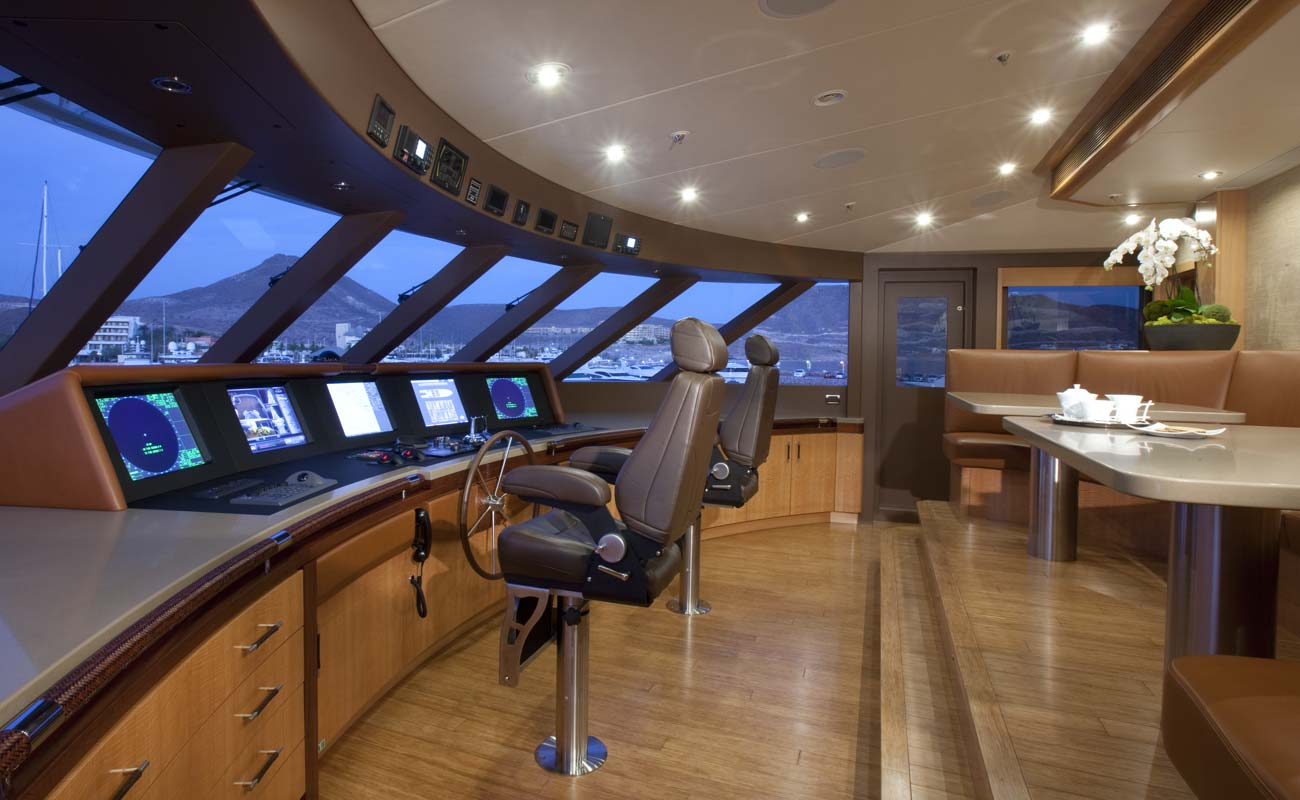Motor Yacht Arianna Delta Superyacht