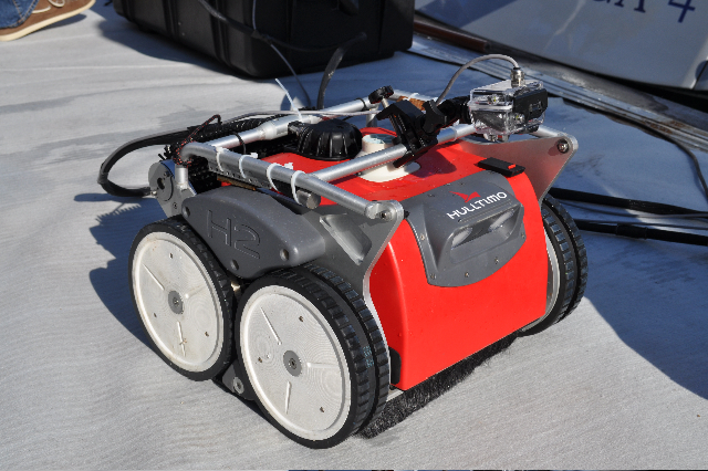 World First Remote Control Hull Cleaning Robot Arrives In