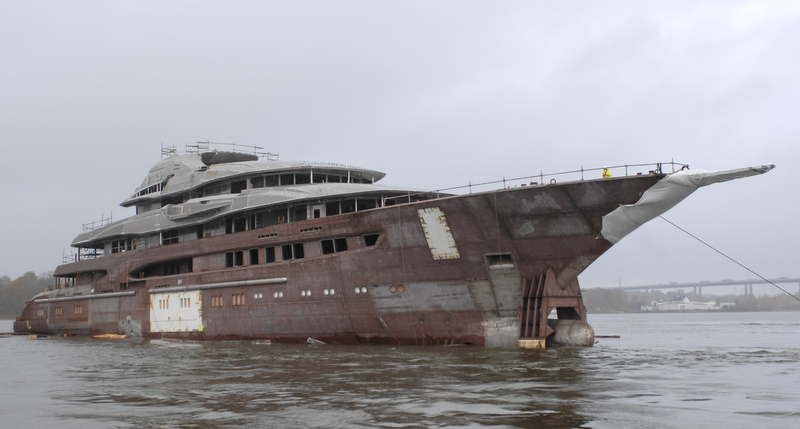Project Global Megayacht By Lurssen Yacht Charter
