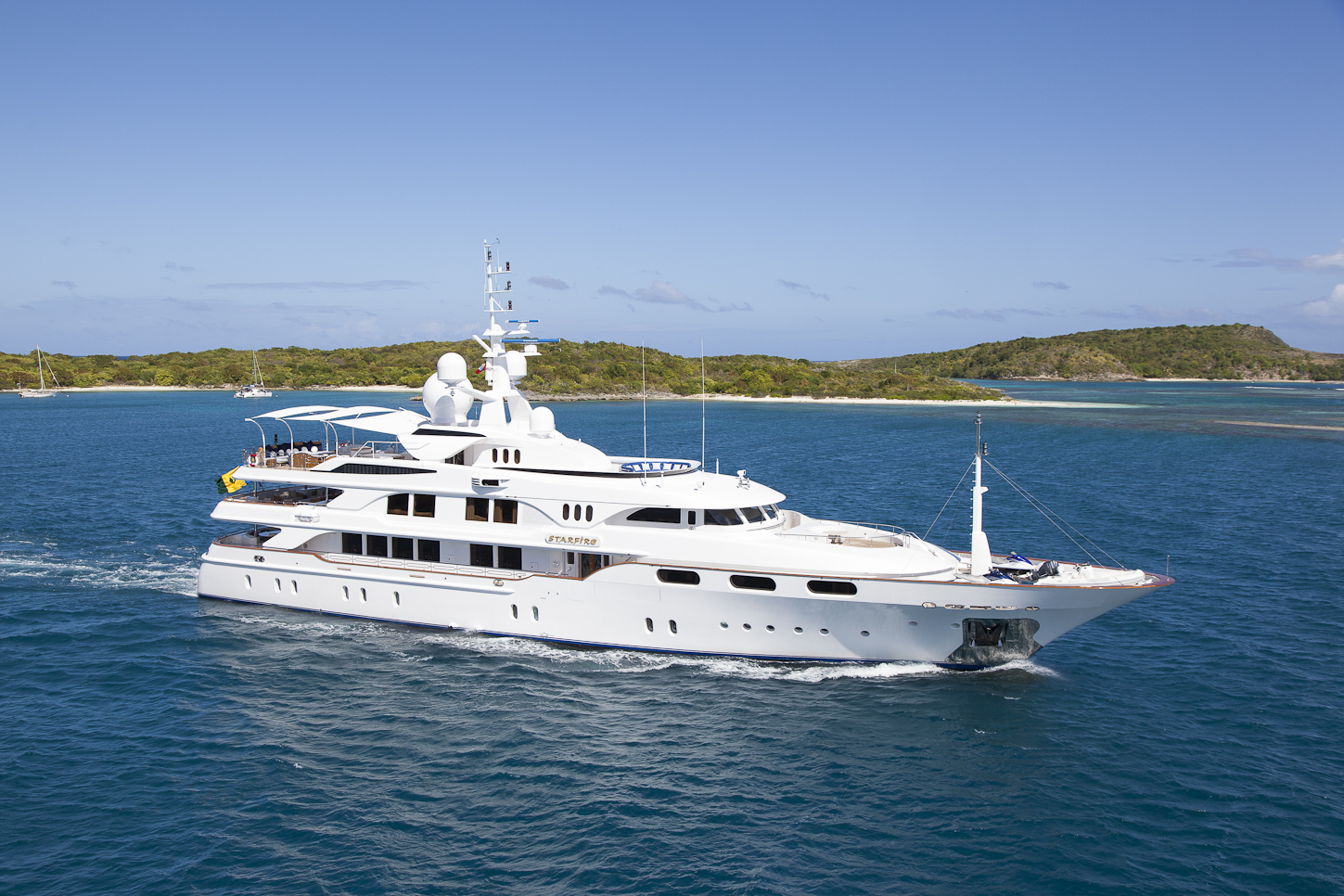 Exceptional Charter Yacht Starfire Is Ready For The Caribbean Yacht Charter Amp Superyacht News