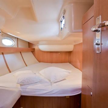 barca a vela charter yacht (4)