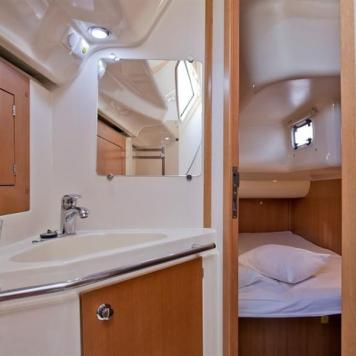barca a vela charter yacht (6)
