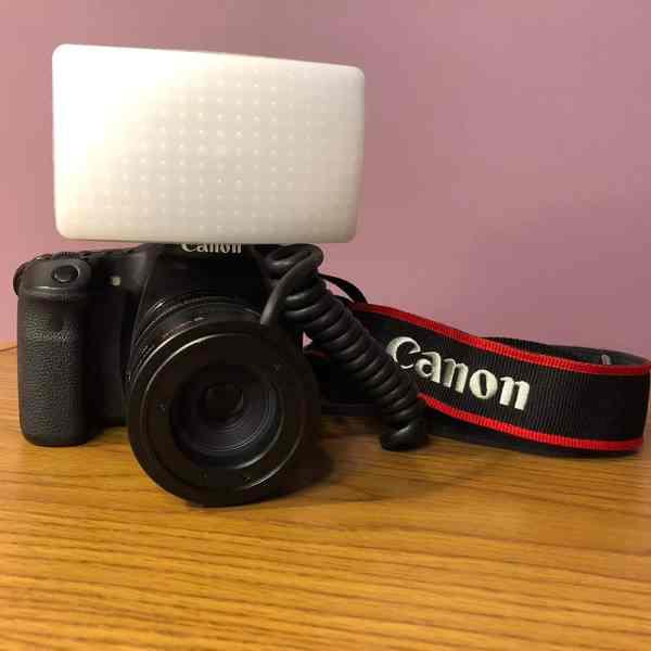 Canon 70D with Graslon Spark flash diffuser