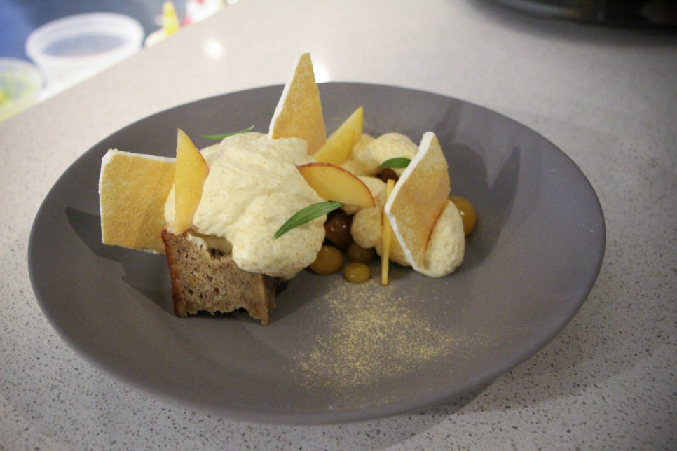 Peaches – with white chocolate confit, banana bread, pretzel ice cream, brown butter