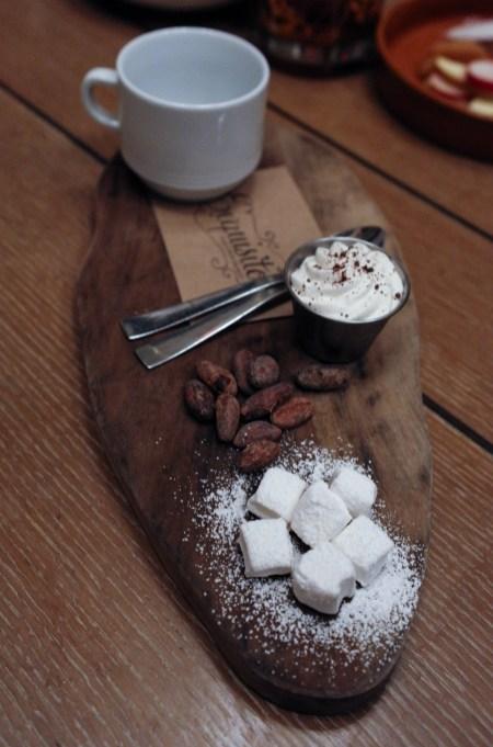 Exquisito Hot Chocolate Service