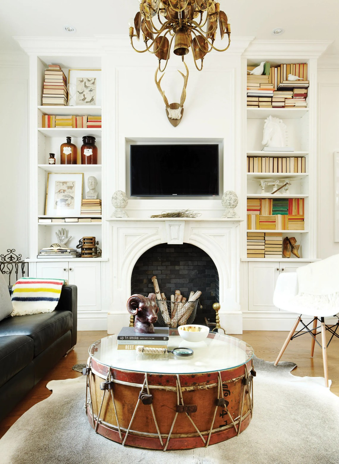 How to mix modern decor with vintage pieces - Chatelaine