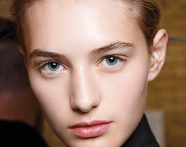The easiest beauty trend ever: natural makeup
