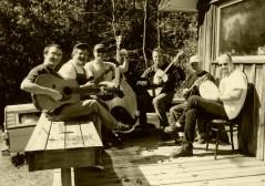 Robert Earl Keen and his band jamming at Mandolin Central