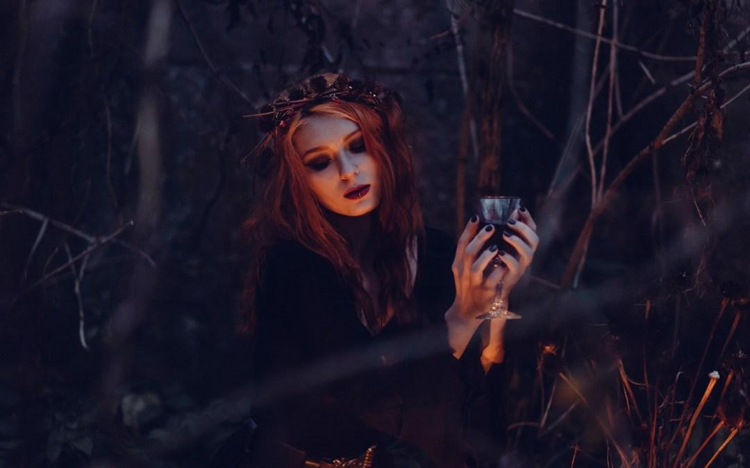 Short Stories Crying Devil Girl – 7 by Raihanna Enggar