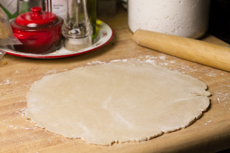 This cream cheese pie crust comes together in less than a minute in the food processor and is virtually impossible to mess up! | recipe from Chattavore.com