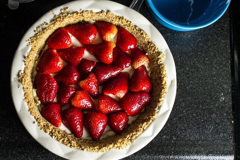 Strawberry cream pie with pretzel crust is the pie of my dreams! | chattavore.com